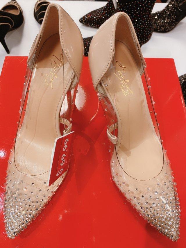 平价水晶鞋