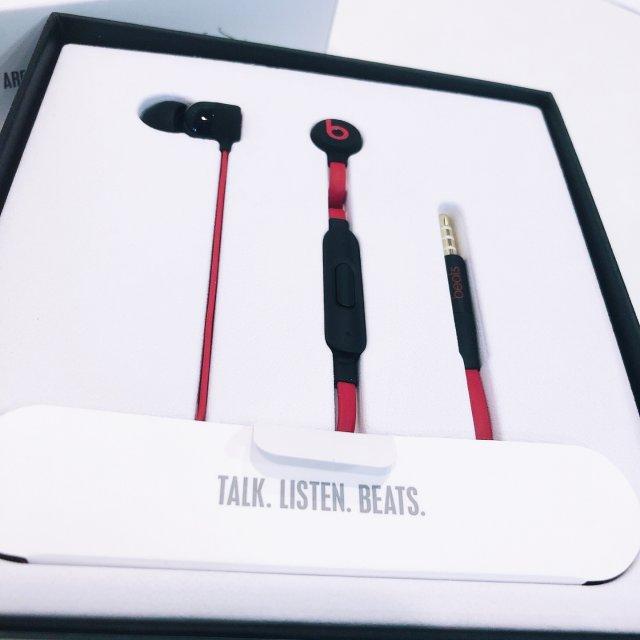 不是数码控也想试试新耳机🎧