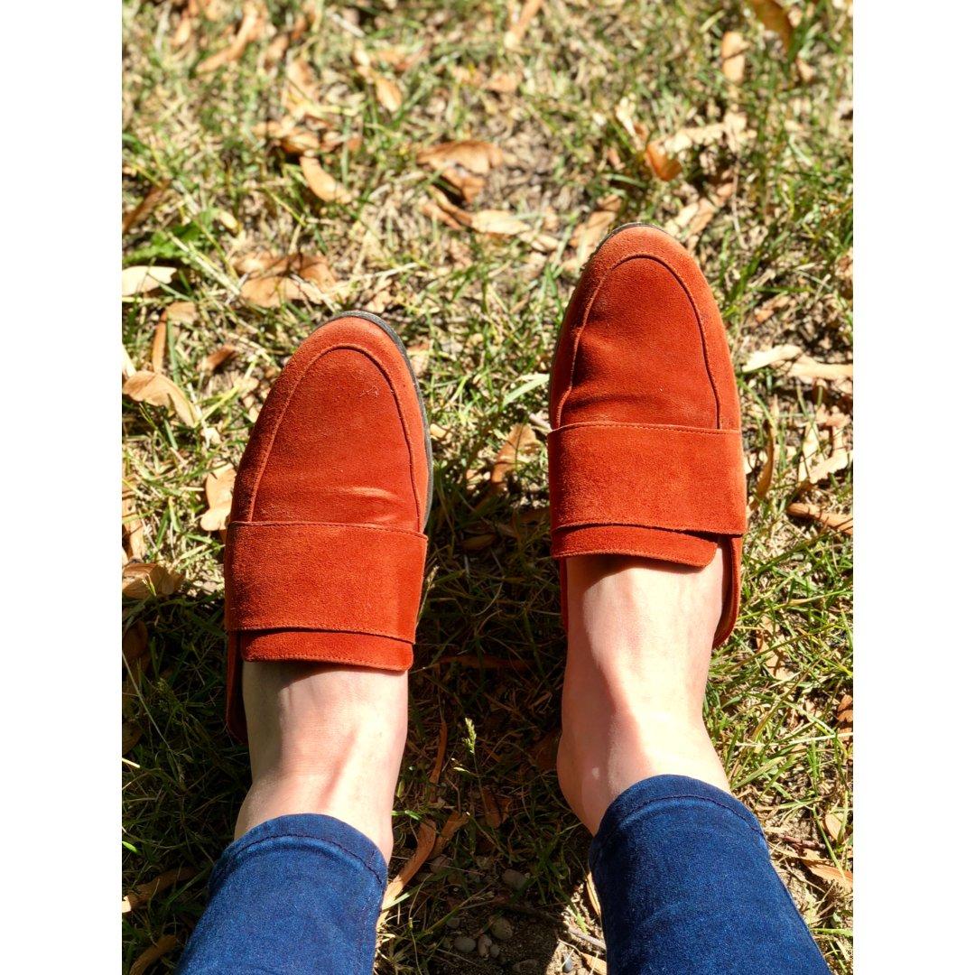 南瓜色穆勒鞋🎃也太显白了吧~