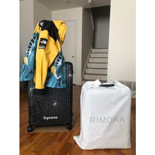黑五剁手Supreme X Rimowa 行李箱