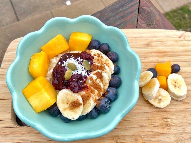 早餐🥣燕麦水果碗 🌞早安啊