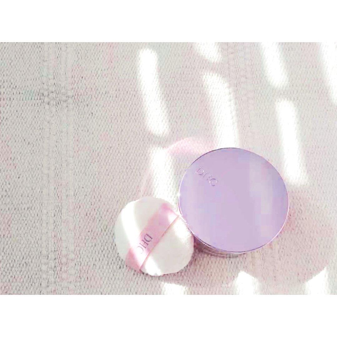 干皮的定妆粉
