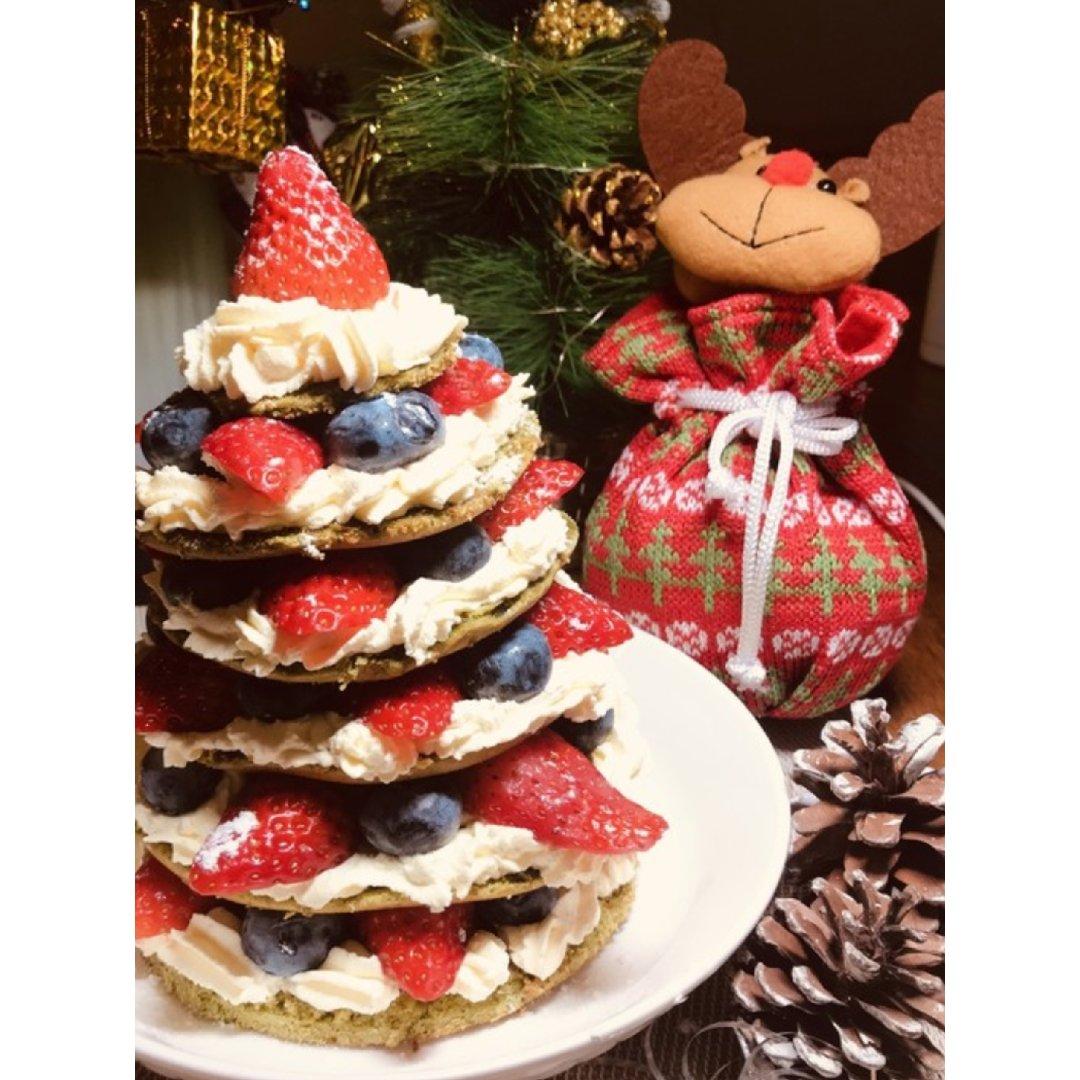 嗨,这里是一只可以吃的圣诞树🎄...