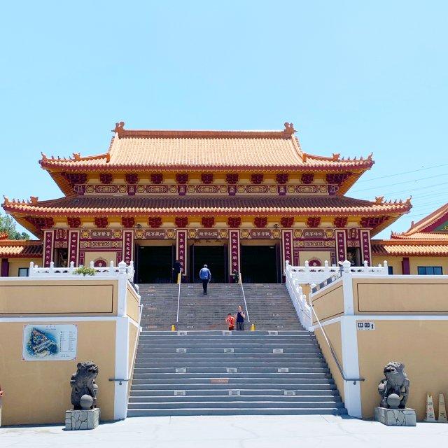 加州周末好去处:佛光山西来寺