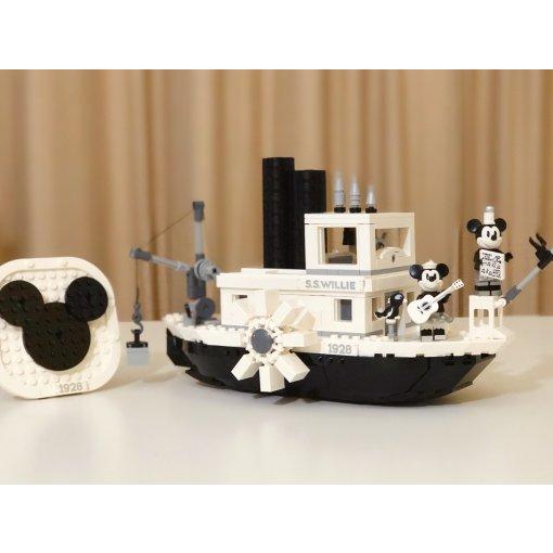 乐高威利号蒸汽船