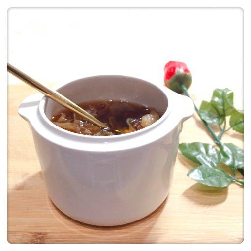 每天一碗冰糖红枣银耳汤,不比燕窝差!
