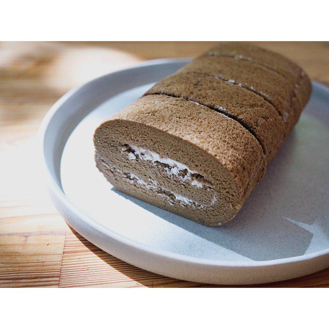 健康烘焙|焙茶蛋糕卷(椰奶奶油)