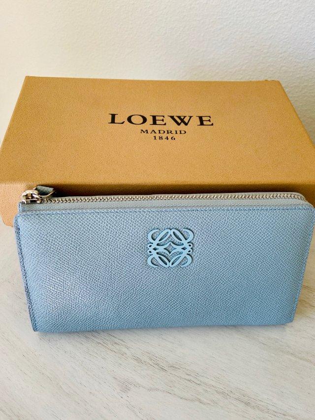 最爱的西班牙品牌之一Loewe (...