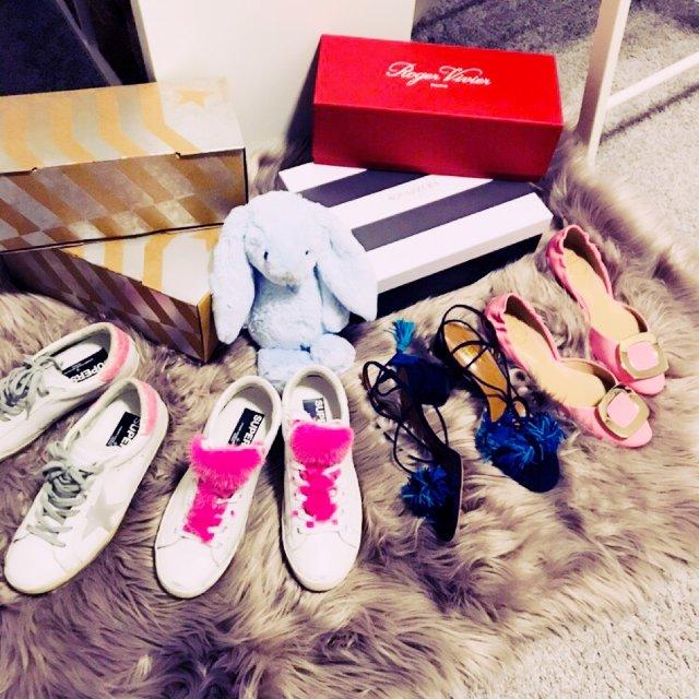 都是2018新年之后买的鞋。两双小...