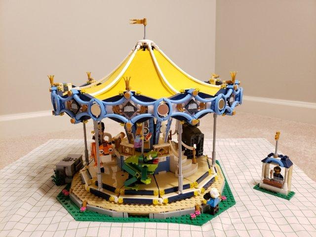 Lego旋转木马10257