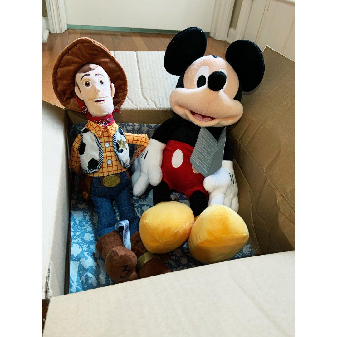 迪士尼玩偶