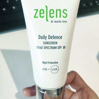 zelens daily defence...