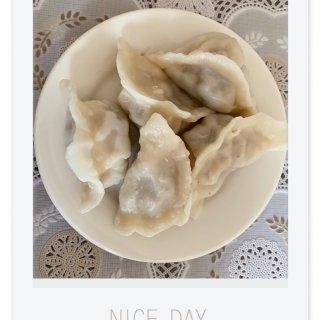自己做的饺子🥟最好吃!...
