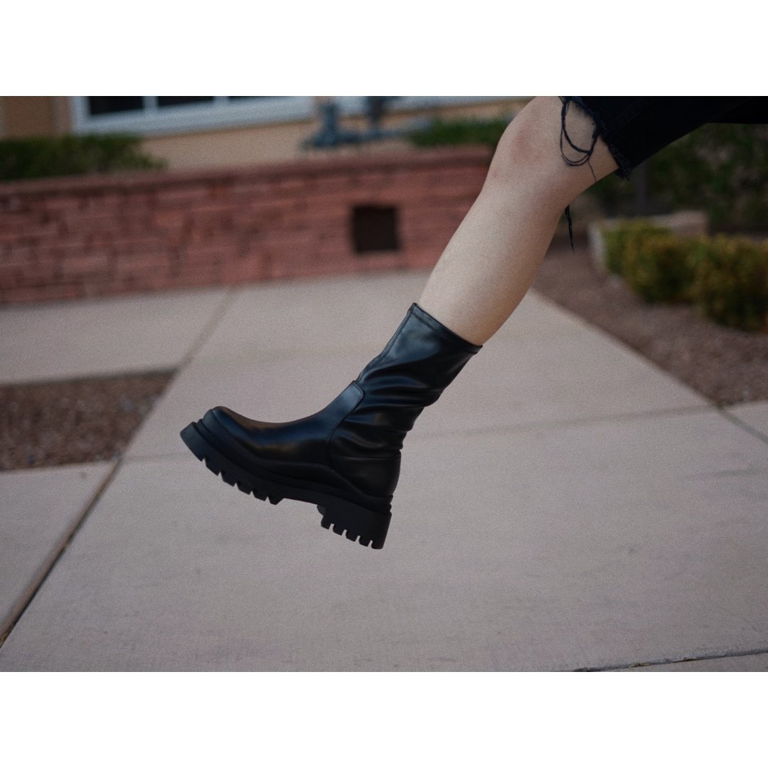 Zara厚底靴我买了这双