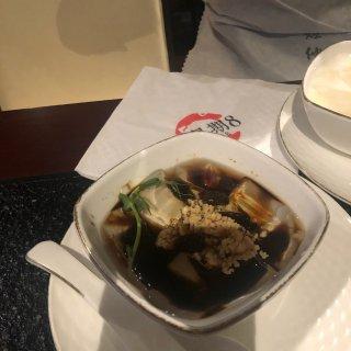 曼城市中心超好吃火锅,竟然有猪脑:星期8...