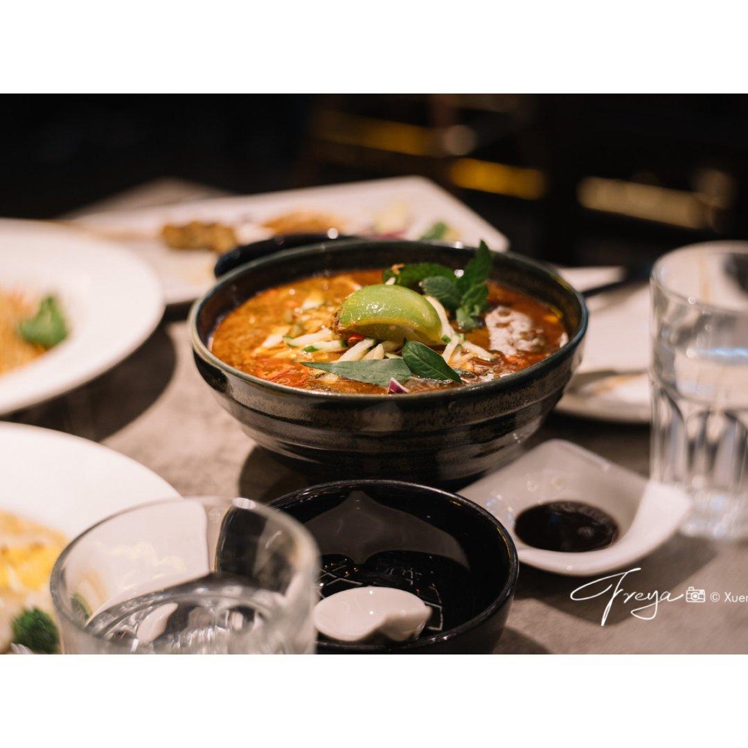 伦敦越南餐厅laksamania...