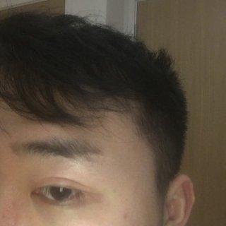 Benefit 打造最精神的眉毛...