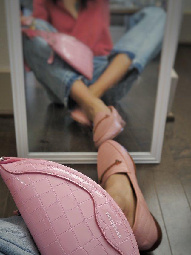 这双貌美舒服又温柔的粉色loafe...