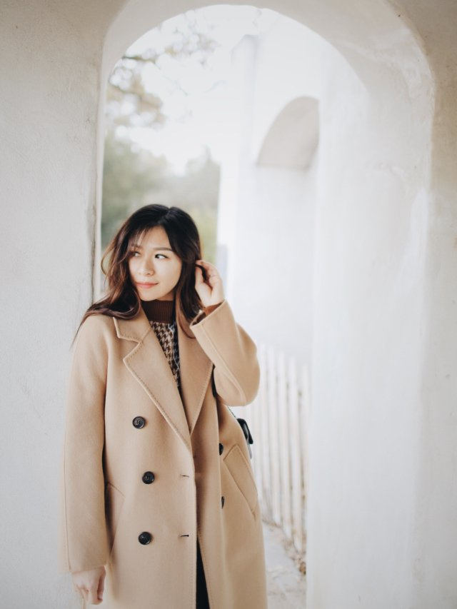 CC玩转衣橱|这个颜色最代表秋季大衣