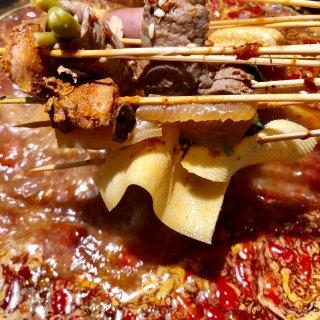 想火锅还想撸串,这个冬天火锅串串满足你