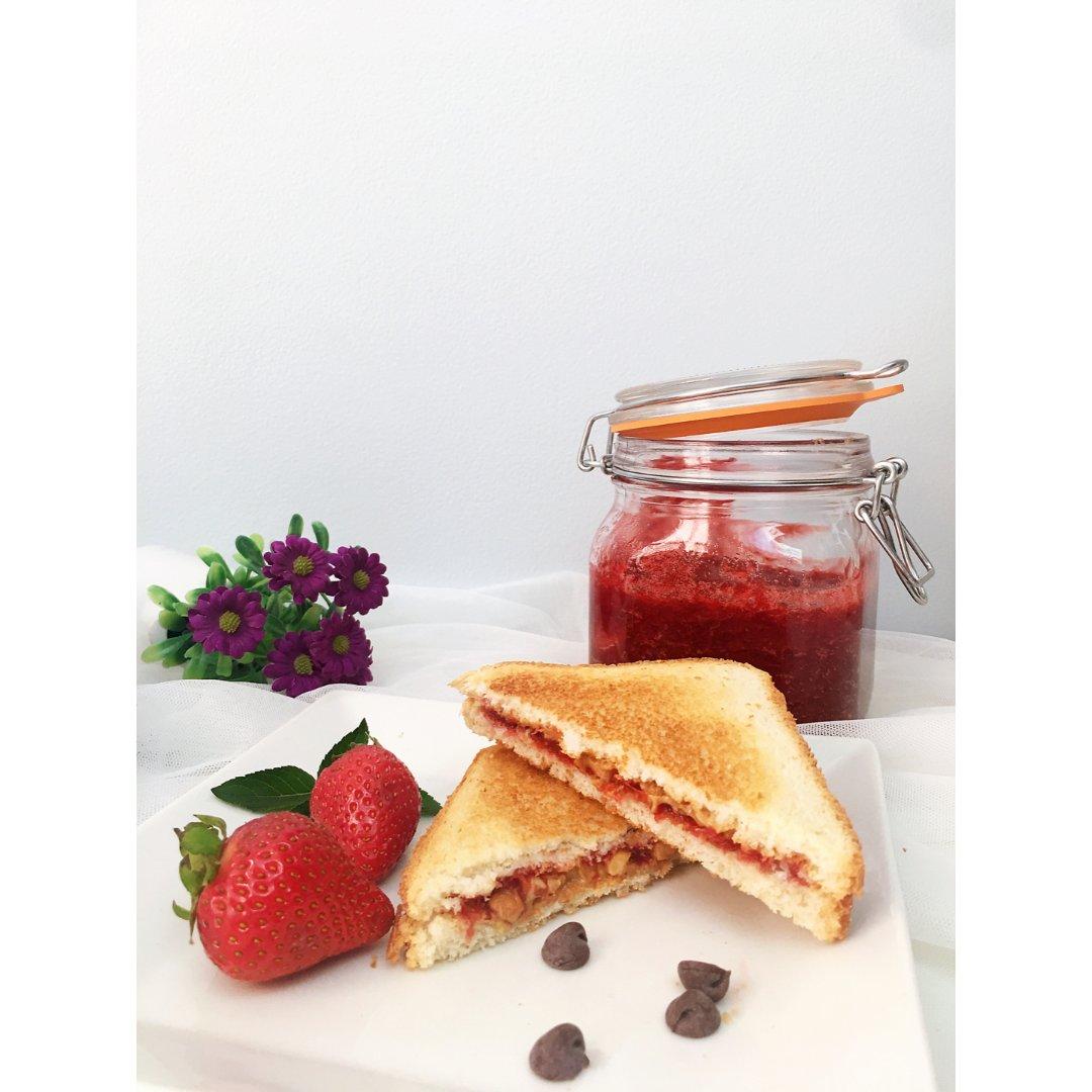 夏日草莓季🍓~一起来做酸甜香醇的草莓酱