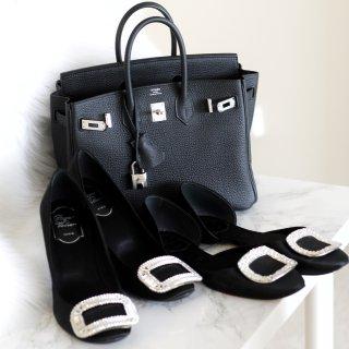 最后三组包包鞋子一个色|怎么能少了🖤...