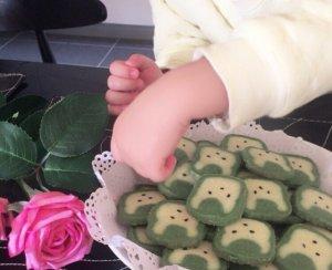 【抹茶兔子曲奇的做法步骤图,怎么做好吃】待我刘海长长我要成为女王_下厨房
