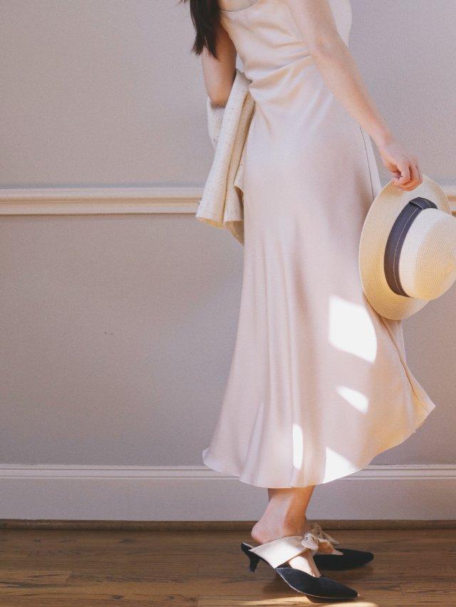穿搭|有细节感又有质感的缎面裙