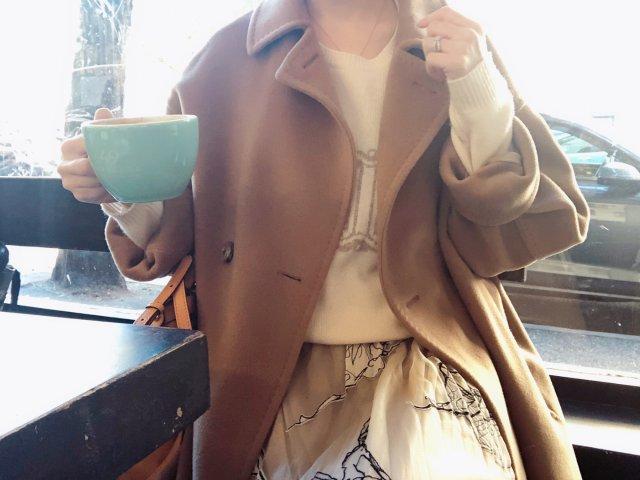 今天是小资闲逛喝杯咖啡的look