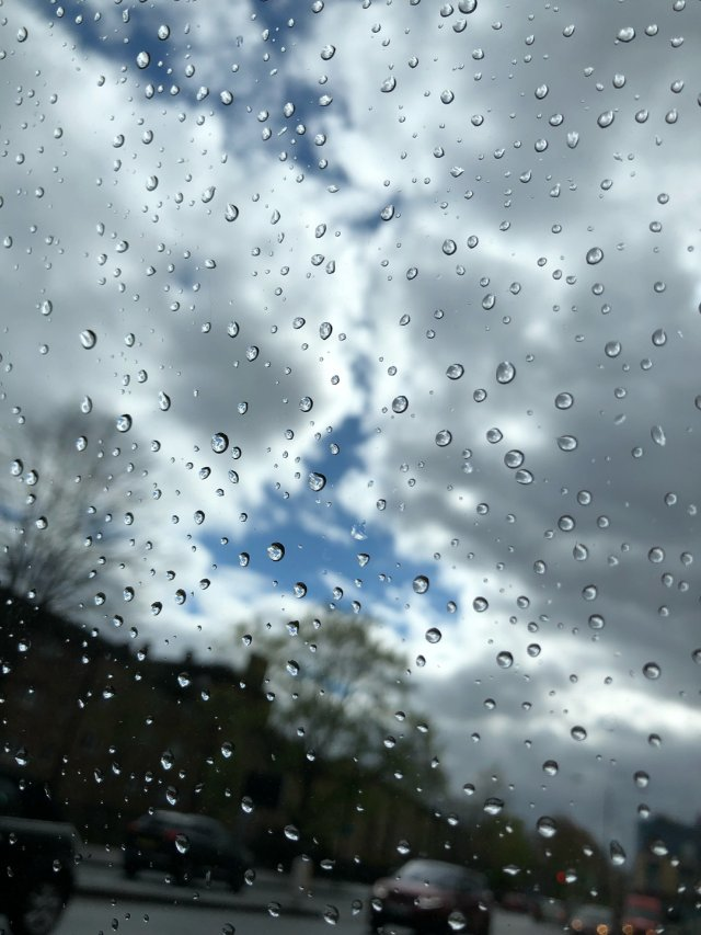 说风就是雨的疯狂国度🇬🇧