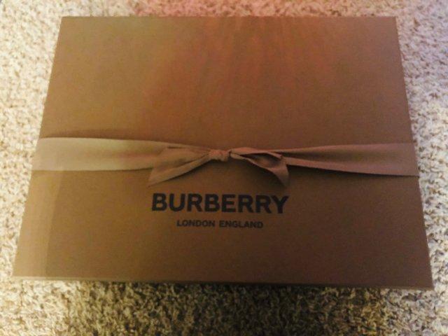 Burberry背包