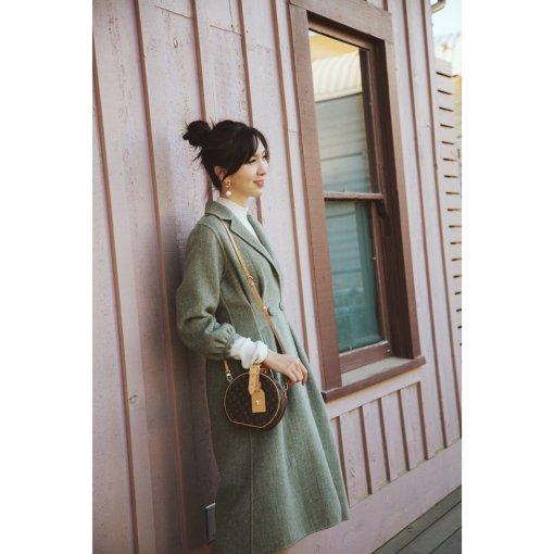 复古大衣日常穿搭 | 豆绿色的秋天🍂