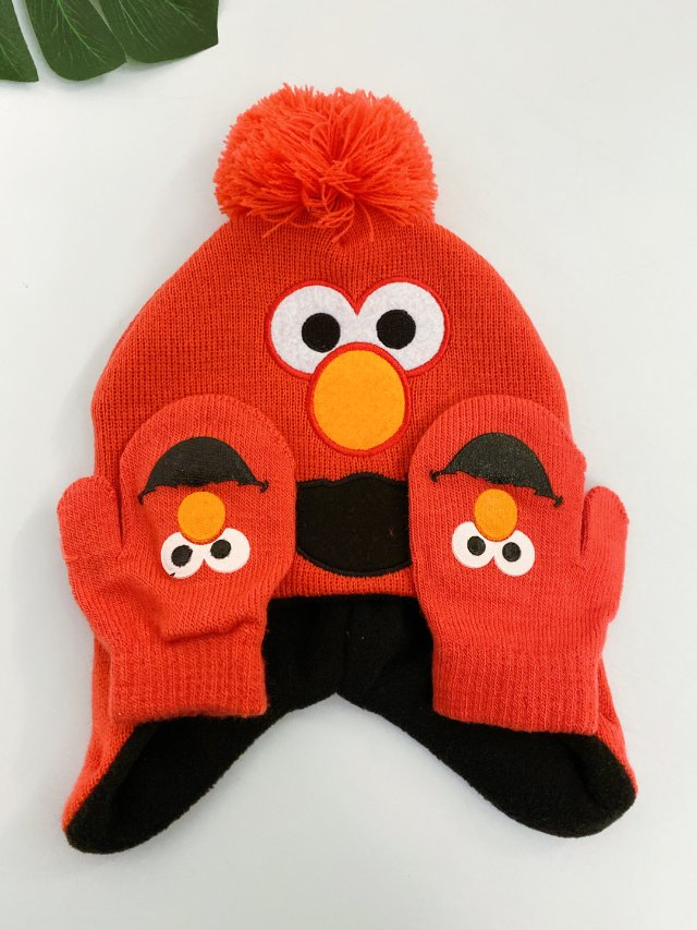 晚发的圣诞节礼物丨芝麻街帽子套装