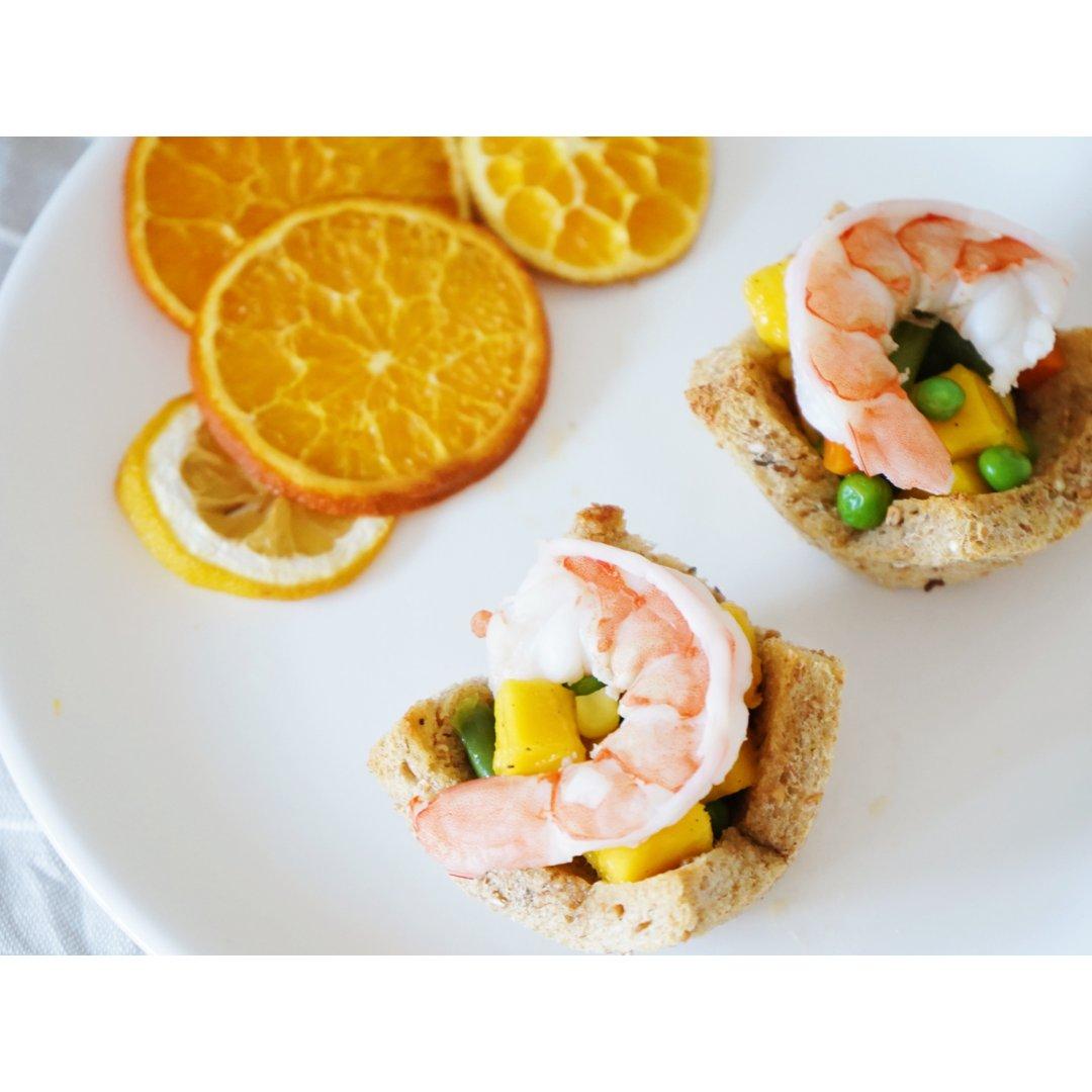 夏日轻食记录|清爽的芒果鲜虾吐司杯