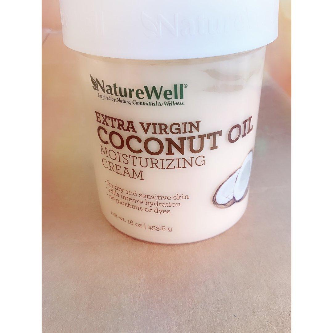 非常好用的coconut oil ...
