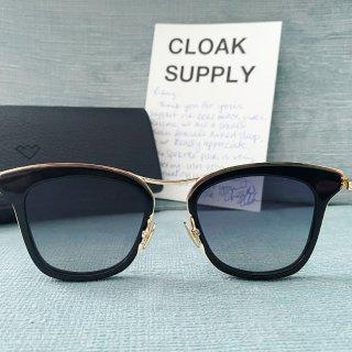 Cloak Supply 辣妹必备墨镜网站!