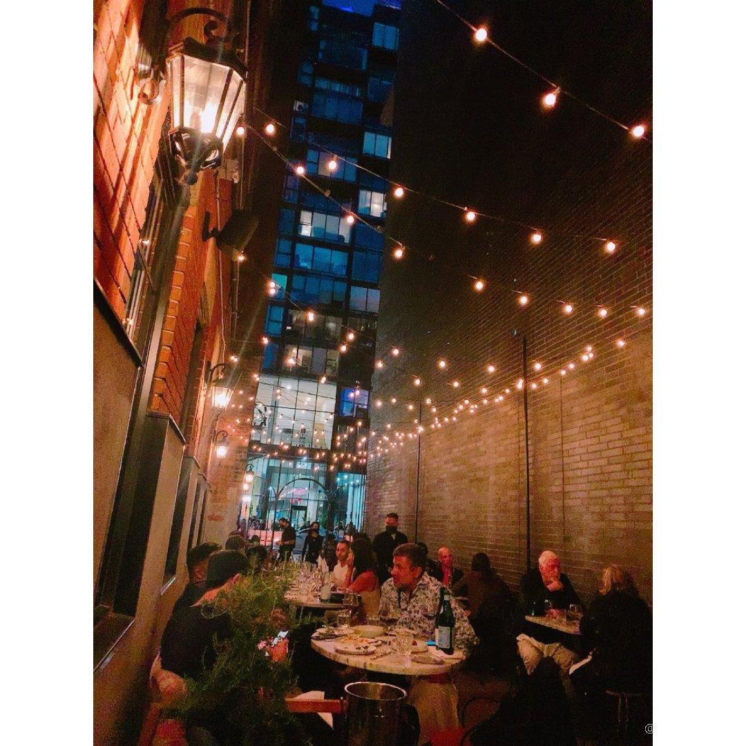 夏天的patio真的有味道~ 法餐...