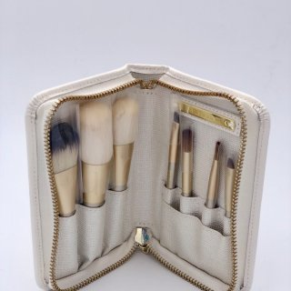Eve By Eve's 旅行化妆刷套装测评 一个完美的解决方案