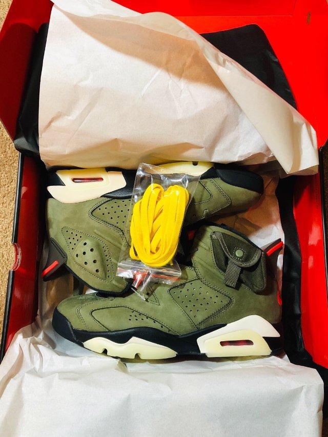 Air Jordan 6 x Tr...