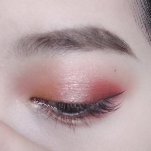 Huda Beauty Rose Gold 第1⃣️画