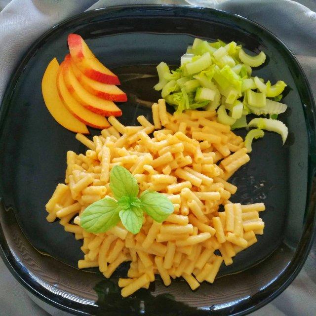 营养又饱足的的一餐-奶酪通心粉