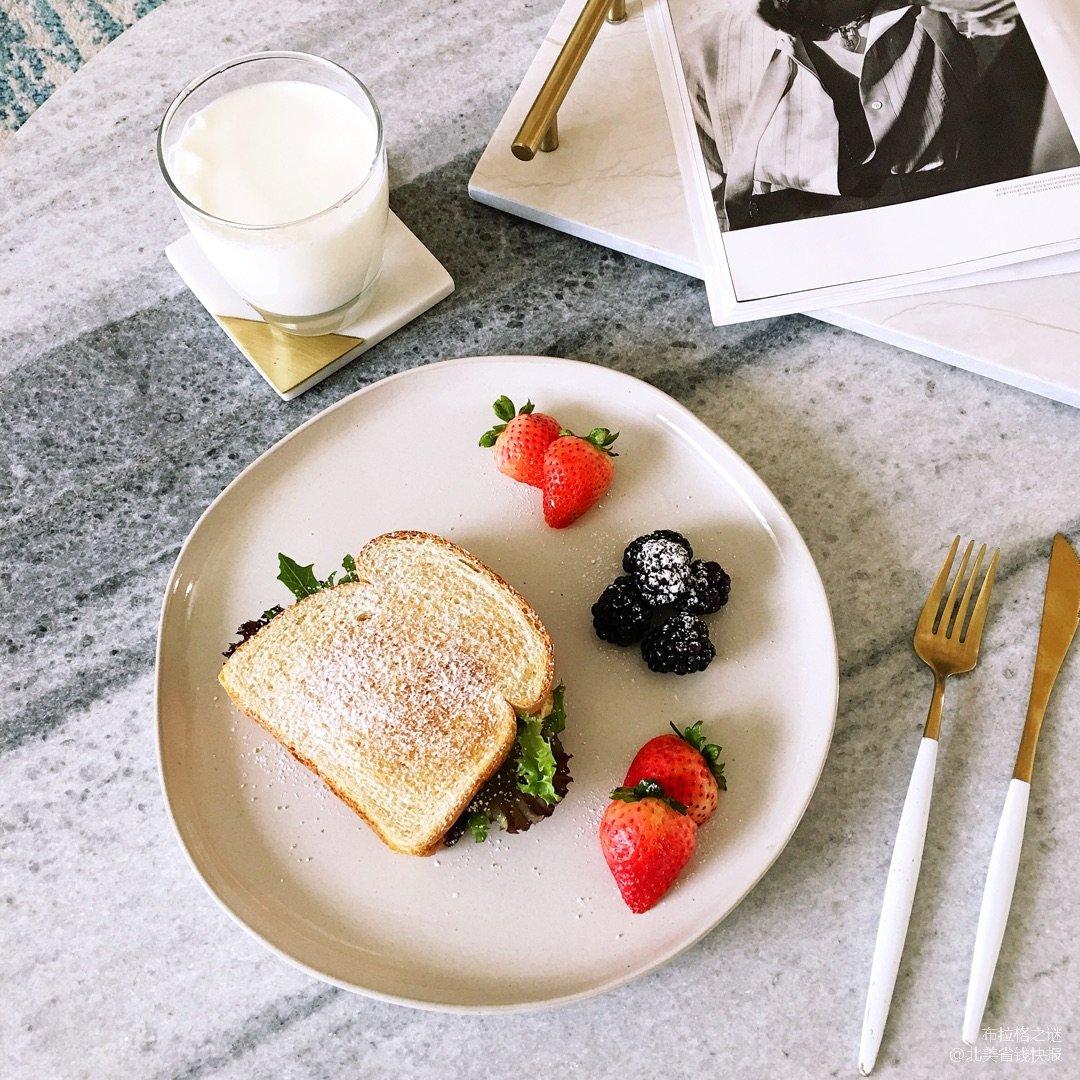 惬意的早晨   一边赏雪景,一边吃早餐~