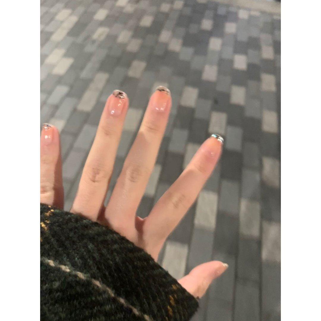 dbq我摊牌了闪到我心里的亮片/和我指甲...