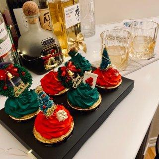 六个cupcakes 的仪式感!...