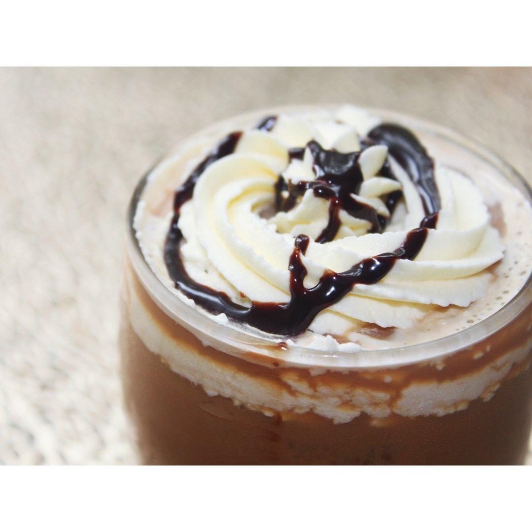 咖啡续命 | 夏天来杯雪顶咖啡吧!