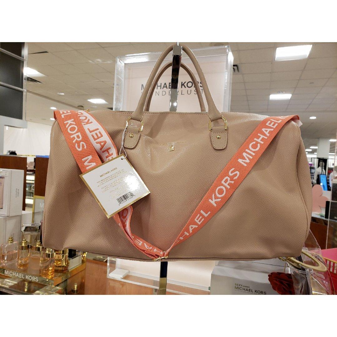 買MK香水 $106+ 送MK旅行袋