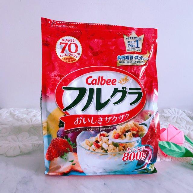 百吃不厌—Calbee水果麦片