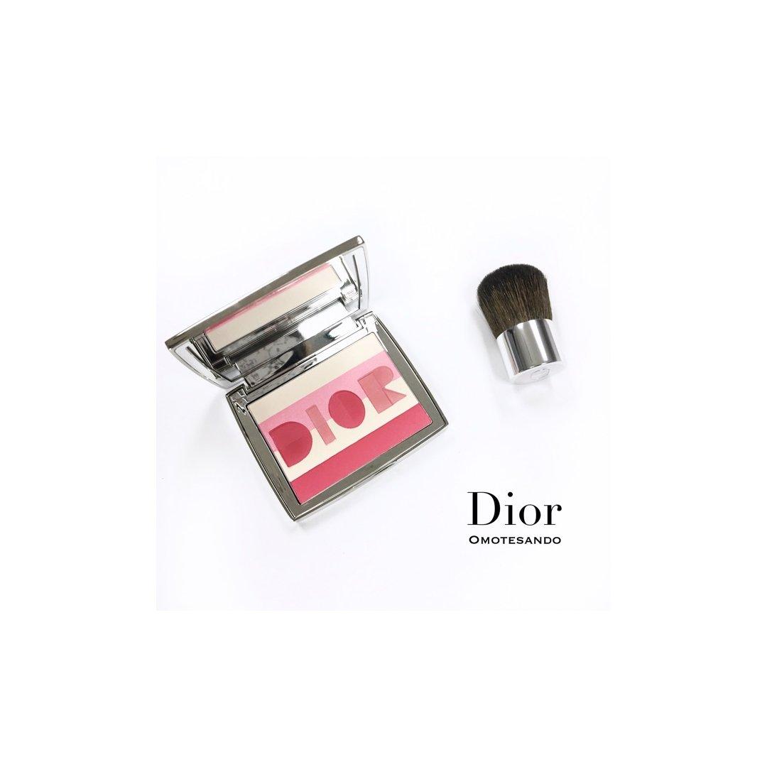 Dior表参道两周年限定腮红高光盘...