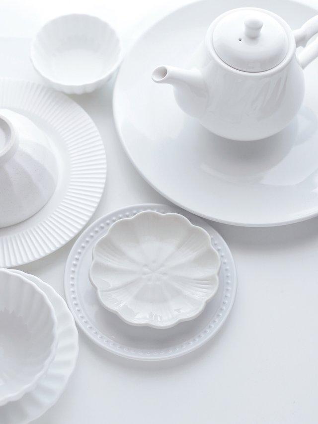 背景墙打卡丨白色餐具