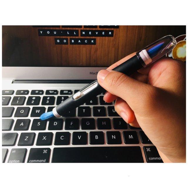 Moment#12|OXO电子设备缝隙刷